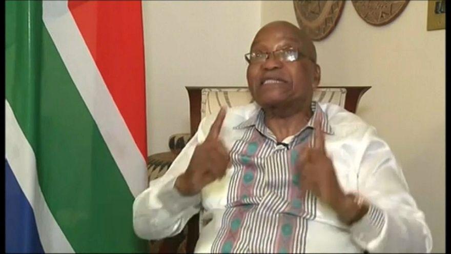 El presidente sudafricano, Jacob Zuma, se resiste a dimitir