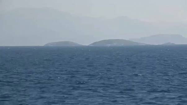 Turkey looks to ease Aegean tensions