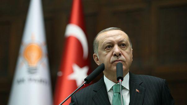 إردوغان يهدد الولايات المتحدة بالصفعة العثمانية