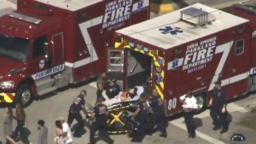 بالفيديو..لحظة بدء الهجوم داخل مدرسة فلوريدا ورعب وفزع الطلاب داخل الصفوف الدراسية