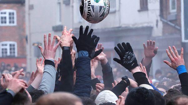 Au « foot-rugby », tout est permis