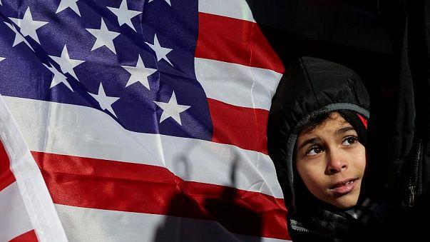 محكمة أمريكية: قرار ترامب بحظر السفر يخرق القانون بالتمييز ضد المسلمين