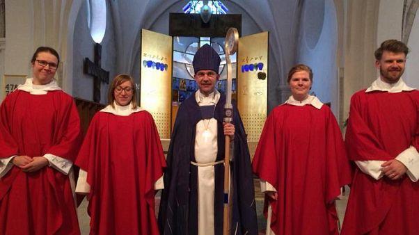 سوئد؛ حمایت یک اسقف کاتولیک از پخش اذان