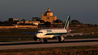 A320 «Алиталии» на Мальте