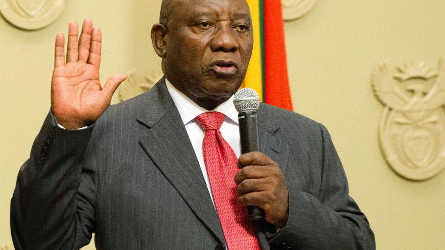 Cryil Ramaphosa yemin ederek göreve başladı