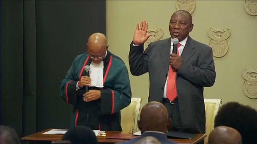 Dél-Afrika: Beiktatták az új elnököt