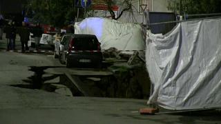 Giant sinkhole opens in Rome, swallowing seven cars