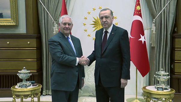 ABD ve Türkiye arasındaki gerginlik Beştepe'de masada
