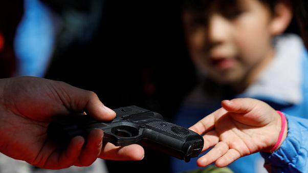 ΗΠΑ: Στο επίκεντρο και πάλι η συζήτηση για την οπλοκατοχή