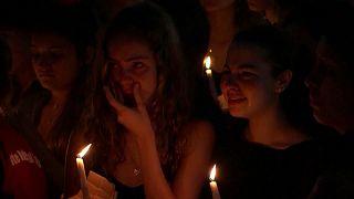 Trauer um 17 tote Schüler in Florida