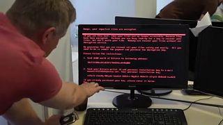 A Fehér Ház is Moszkvát okolja a kibertámadásokért