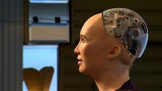 A közvélemény tart az intelligens robotoktól