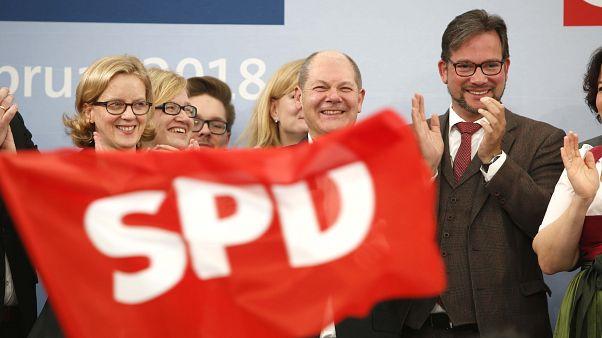 Almanya'da Sosyal Demokrat Parti'nin oyları düşüyor