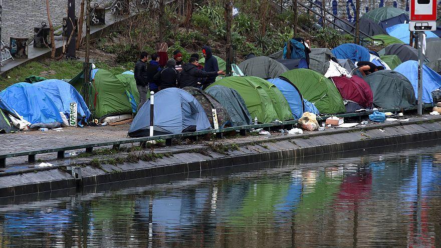 وفاة مشرد أمام البرلمان البريطاني يطرح تساؤلات حول أداء الحكومة في ملف السكن