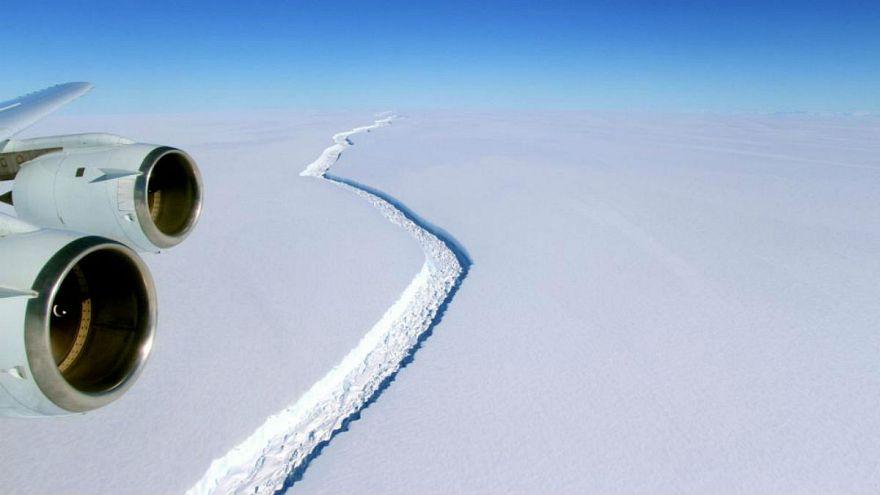 نخستین ویدئو از تشکیل یک کوه یخ عظیم در قطب جنوب