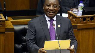 «Νέα αυγή» για τη Νότια Αφρική υποσχέθηκε ο Ραμαφόζα