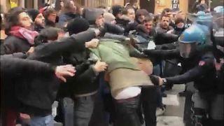 Heurts entre manifestants et police à Bologne