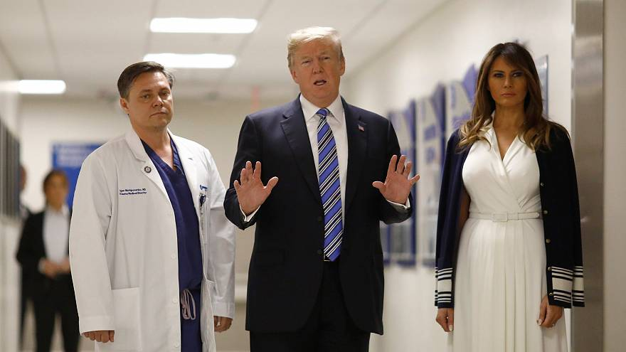 Trump e la first Lady in visita ai feriti al Broward Hospital