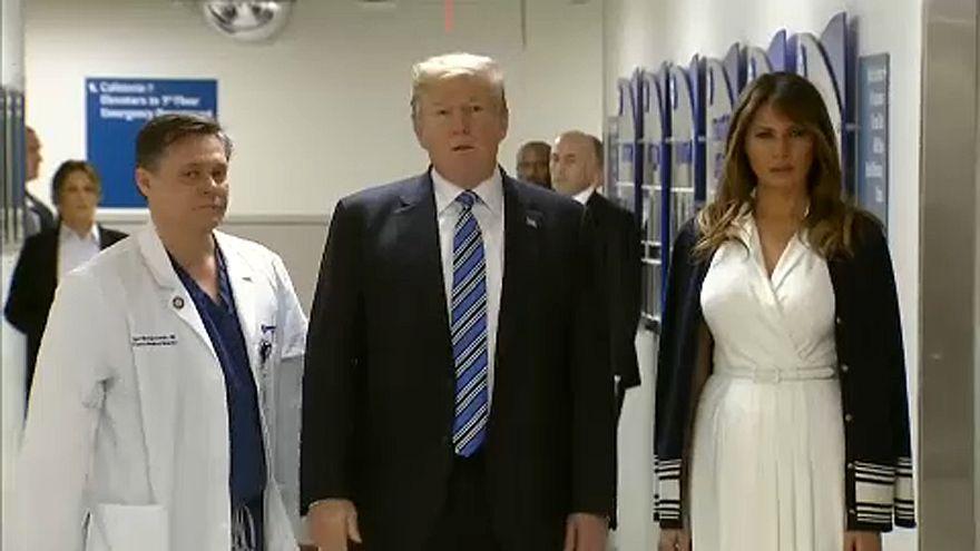 Trump visita sobreviventes de massacre na Florida