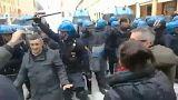 Manifestação antifascista em Bolonha degenera em confrontos