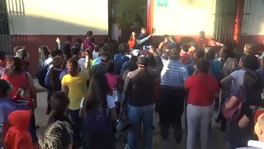 Novo sismo de 7.2 na escala de Richter abala o México