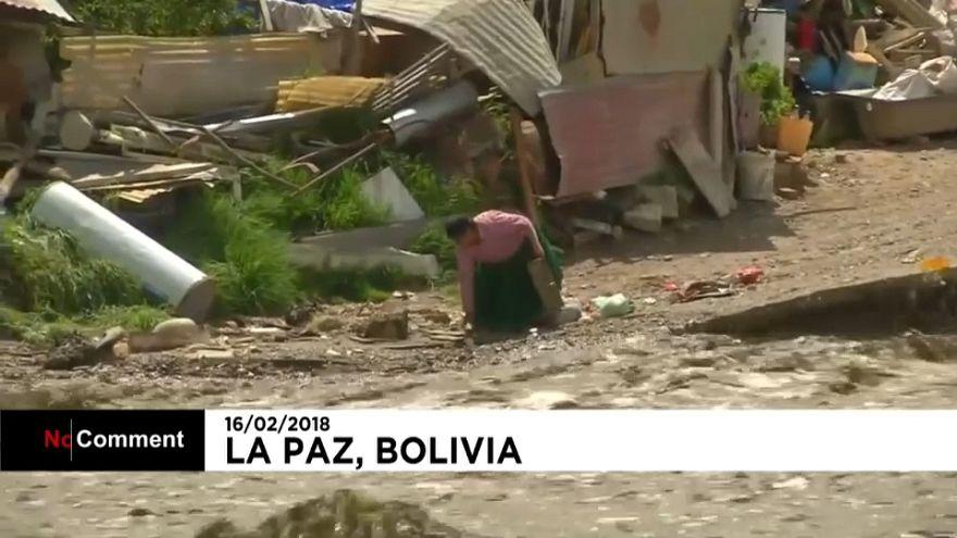 شاهد.. فيضانات بوليفيا ونزوح السكان
