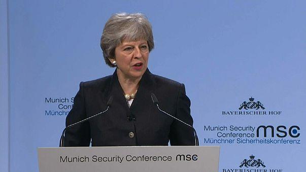"""Juncker und May einig: Kein Sicherheits-""""Brexit"""""""