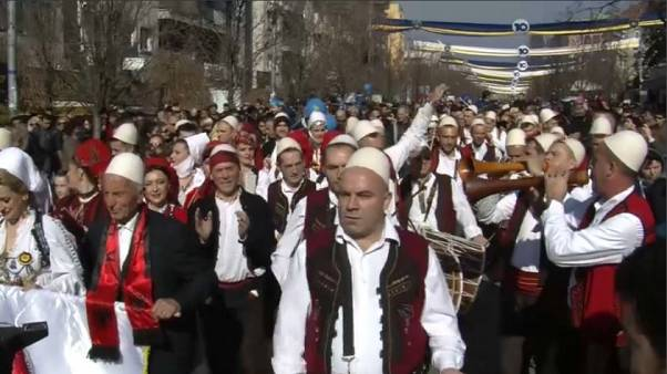 Kosovo festeggia 10 anni di indipendenza
