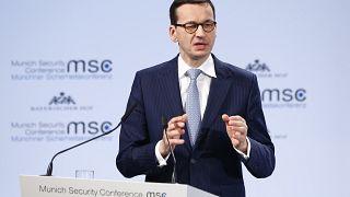 """Polens Regierungschef spricht von """"jüdischen Tätern"""" im Holocaust"""