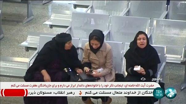 Queda de avião no Irão faz 66 mortos