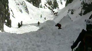 Italie : deux secouristes meurent dans une avalanche
