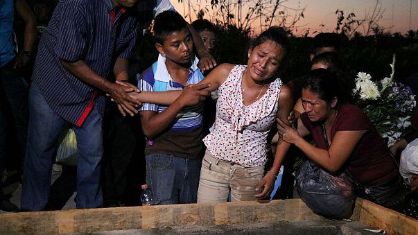Eltemették a mexikói helikopterbaleset áldozatait