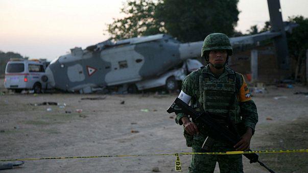 Meksika'da helikopter kazası: 13 ölü 15 yaralı