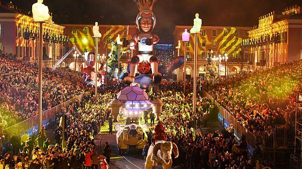 Το φαντασμαγορικό καρναβάλι της Νίκαιας