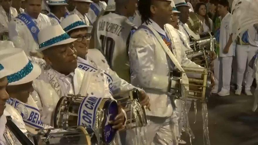Défilé des champions au carnaval de Rio
