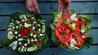 Berlin'de topraksız salata yetiştirip sunan restorana büyük ilgi