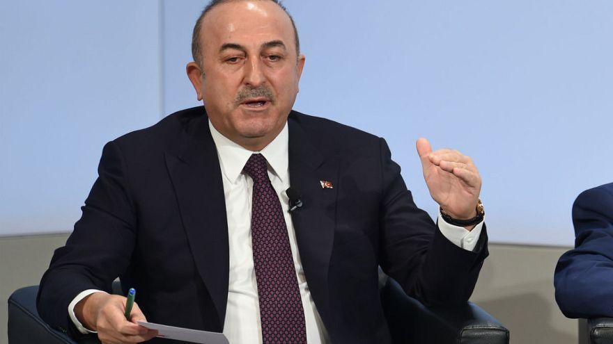 Çavuşoğlu: ABD YPG'ye yardımı kesmeli ve sözünü tutmalı
