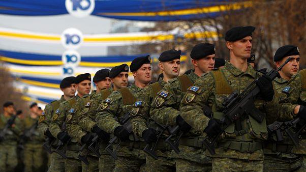 Desfile de las 'fuerzas de seguridad'