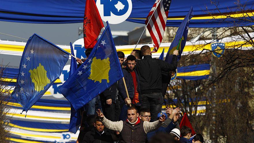 Kosova bağımsızlığının 10. yılını coşkuyla kutladı