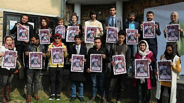 جوانان افغانستان خطاب به رئیس جمهور: «مولانا هویت ماست؛ نه شتر»