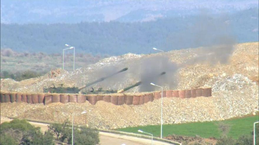 Siria, Damasco interverrà a fianco dei curdi sotto l'assedio turco