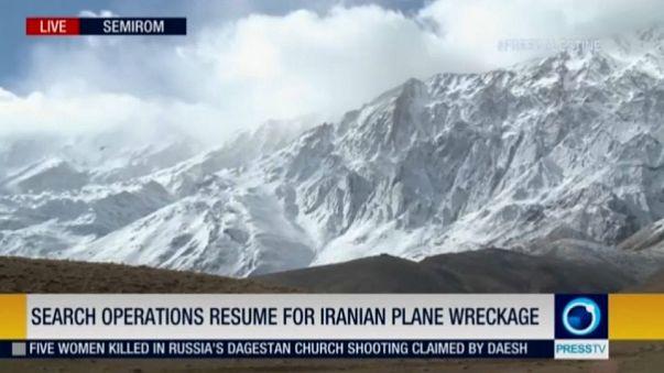 Иран: поиски разбившегос самолета продолжаются