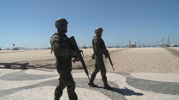 Três reclusos baleados em presidío do Rio de Janeiro