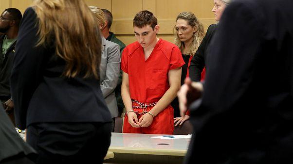 Suspeito do ataque na Flórida foi novamente a tribunal