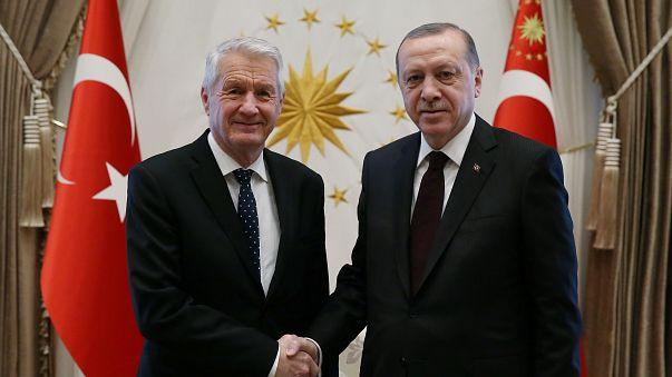 Türkiye'den 'terör seyahatine' karşı adım