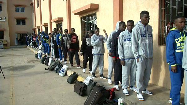 Ливия высылает мигрантов