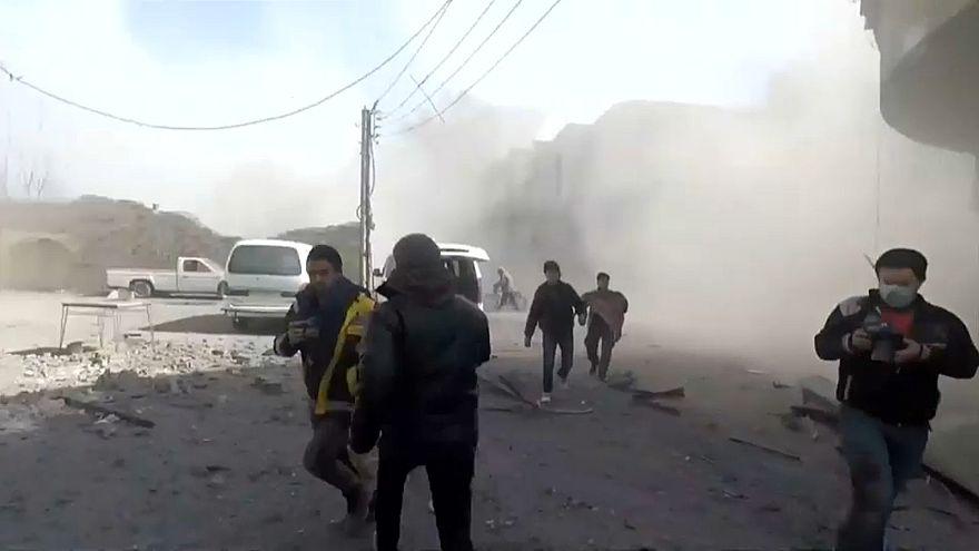 Ghouta orientale: raffiche di attacchi aerei delle forze siriane