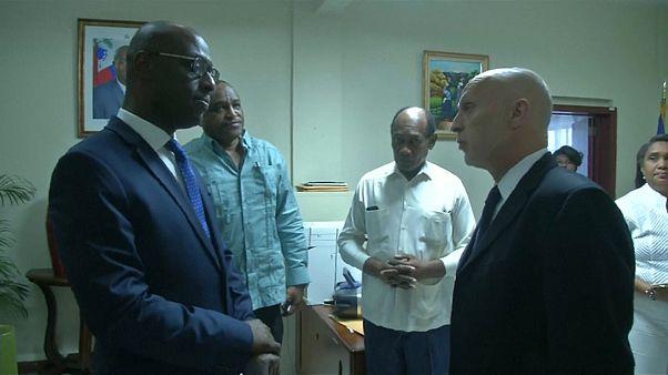 Oxfam Haiti'ye heyet göndererek özür diledi