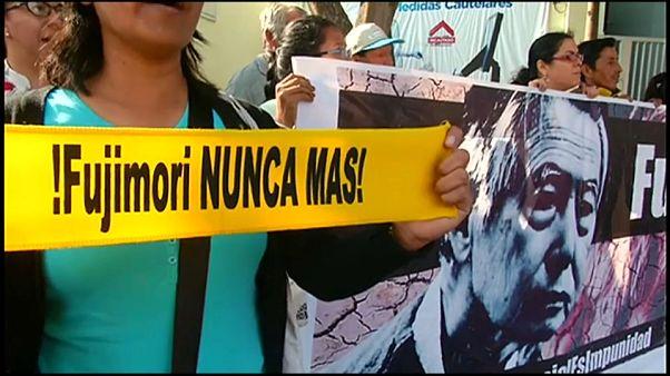 El indulto no salva a Fujimori: será juzgado por la muerte de seis campesinos