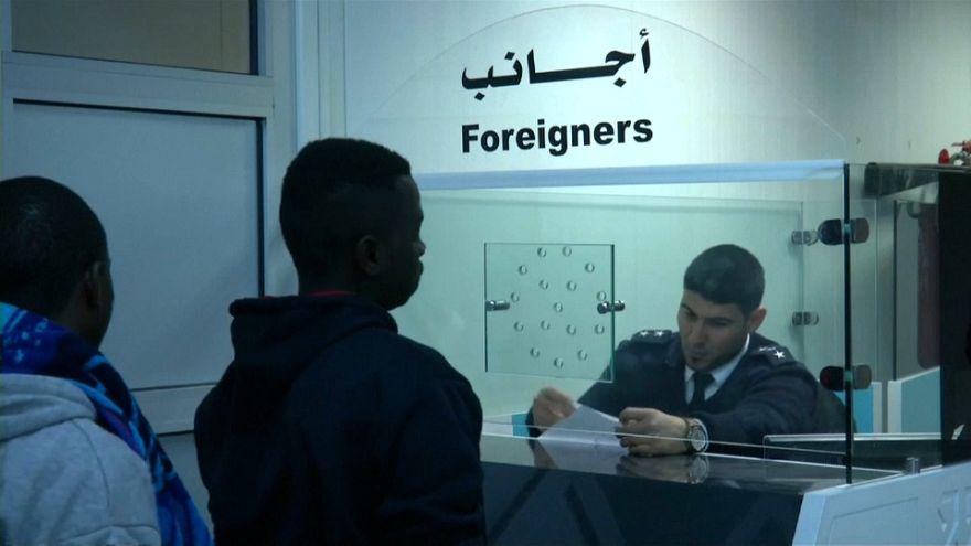Migranten bei ihrer Ausreise aus Libyen